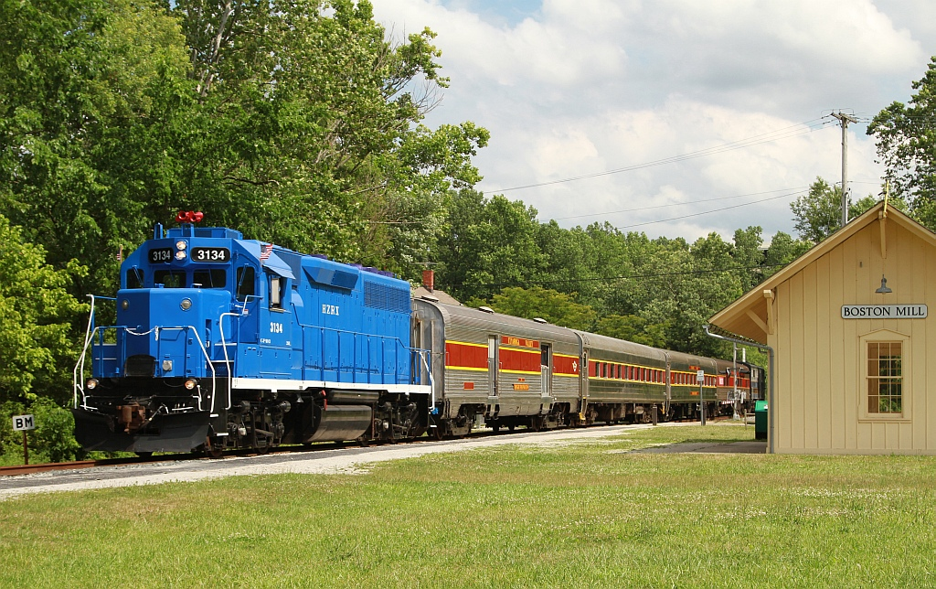 Go Green Leasing >> Cuyahoga Valley Scenic Railroad